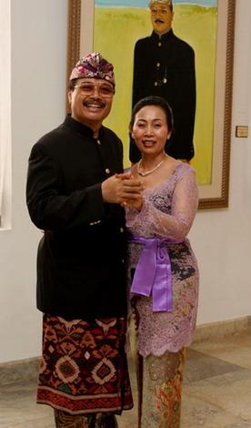Rudana &wife